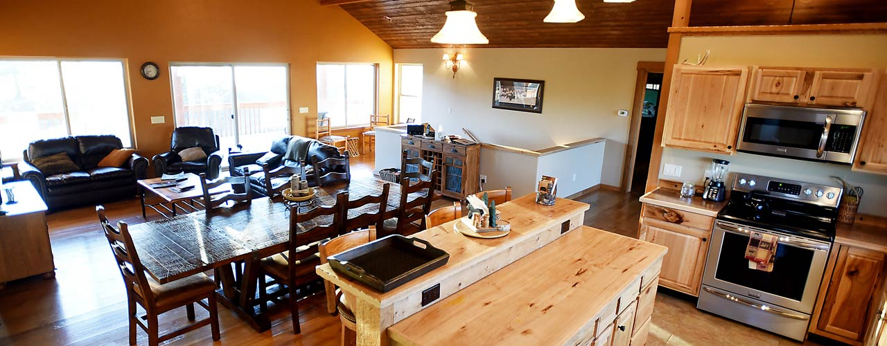 Eat in Kitchen at Vacation Rental in Whitefish, River View Lodge