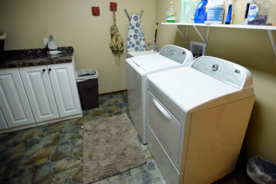 Washer and Dryer at River View Lodge